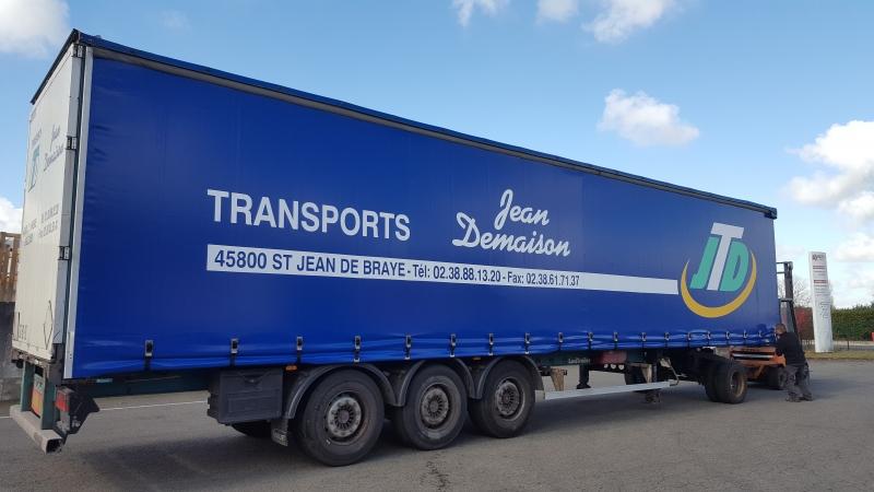 Rideau de camion